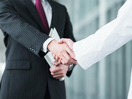 豊富な知識・経験で、お客様に最適な商品を提供いたします。